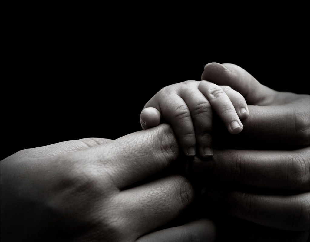baby-hand-holding-mothers-hand1-1